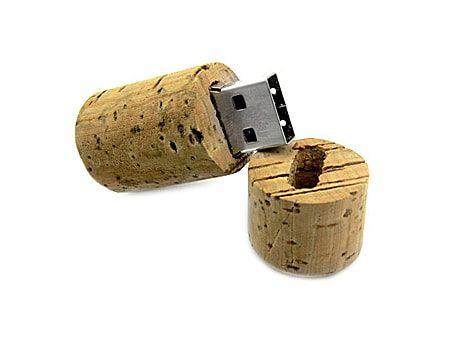 USB-Stick mit Echtkorkgehäuse
