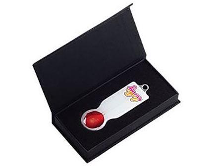 Schwarze Klappdeckelbox aus Karton mit Magnetverschluss.