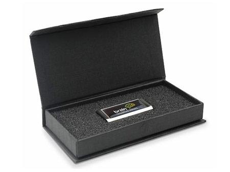 Passende Klappdeckelbox mit Schaumstoffeinlage