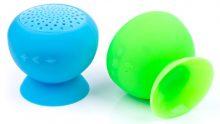 Günstiger Bluetooth-Mini-Lautsprecher aus Silikon und Saugnapf.