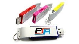 Farbige USB-Flaschenöffner mit Werbedruck