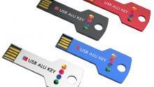 In vier modernen Farben erhältlich: Schwarz, Blau, Rot und Silber