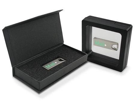 Links: Klappdeckelbox; Rechts: Framebox