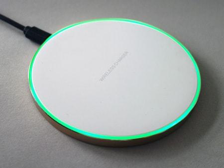 Grüner LED-Leuchtring beim Einschalten