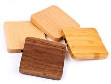 Verschiedene Holzfarben erhältlich