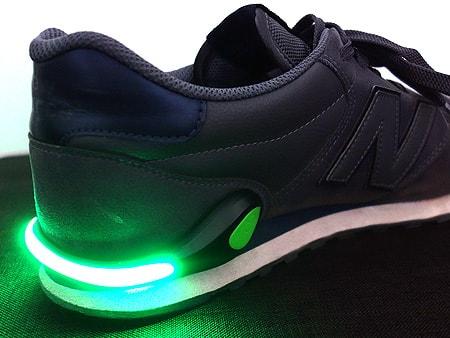 Einfache Befestigung an der Schuh-Ferse