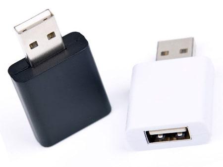 USB-Adapter schützt vor Datendiebstahl.