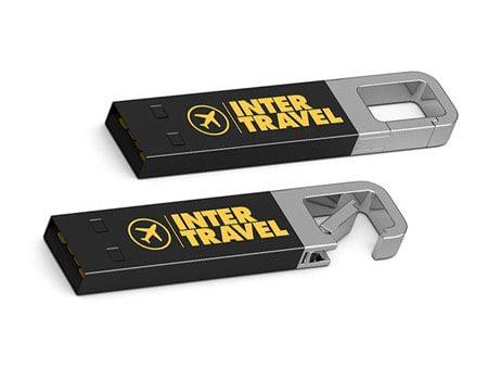 Länglicher USB-Stick mit eingebauter Karabinerhaken–Funktion