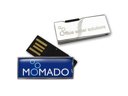 Origineller USB-Stick mit einem 180 Grad ausklappbaren Anschluss