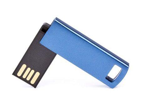 Kompakter und flacher Mini-USB-Stick mit 180° Drehbügel